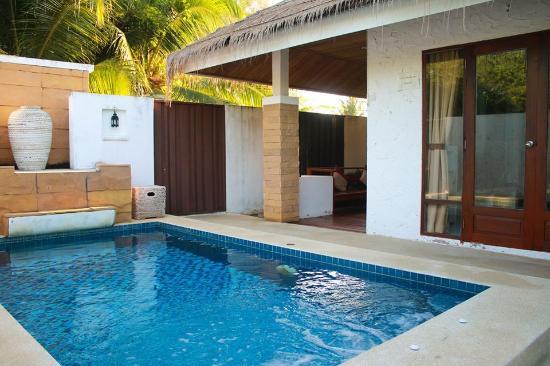 Lawana Escape Beach Resort