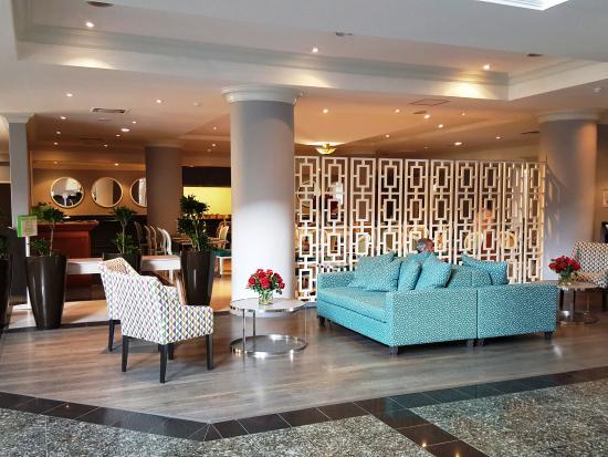 Holiday Inn Johannesburg Airport: Lobby