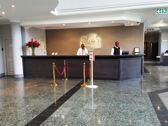 Holiday Inn Johannesburg Airport: Reception