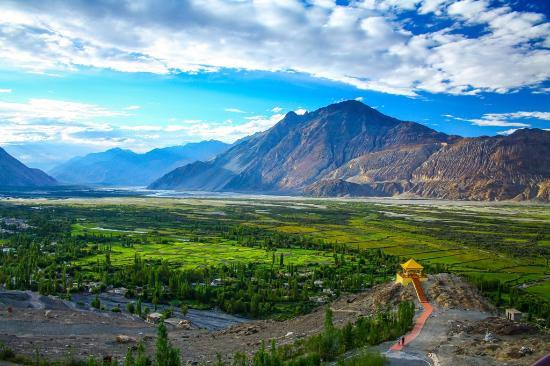 must visit places in ladakh Must visit places in leh ladakh for your next trip sumur – places to visit in ladakh return to must visit places in leh ladakh for your next trip.