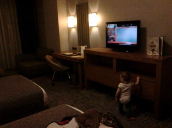 The Green Park Hotel Taksim: Просторный номер, малышу  было что исследовать