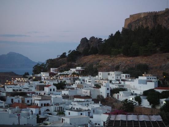 20150729_133451_large.jpg - Picture of Village of Lindos ...