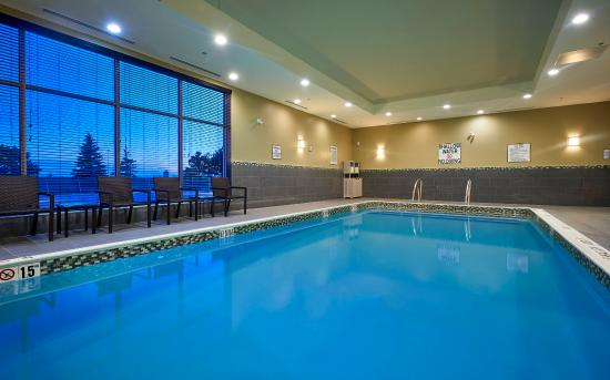 the 10 best hotel deals in toronto may 2016 tripadvisor. Black Bedroom Furniture Sets. Home Design Ideas