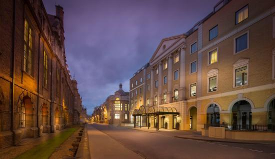 Photo of Cambridge City Hotel