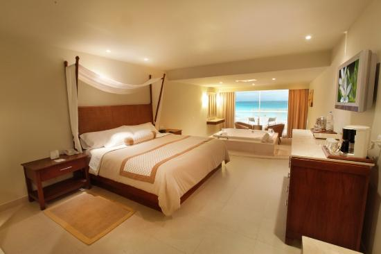 Sun Palace: Guest Room