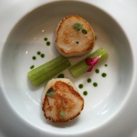 La saint jacques de normandie photo de anne sophie pic for Au beau rivage la cuisine