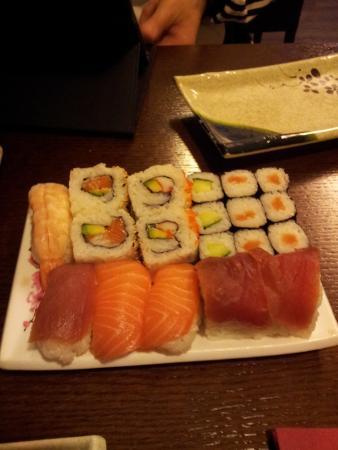 sushi auswahl picture of kahori sushi kaiserslautern tripadvisor. Black Bedroom Furniture Sets. Home Design Ideas