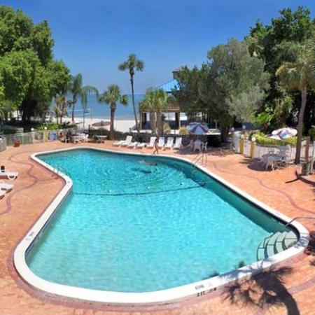 Magnuson Hotel Marina Cove: Pool