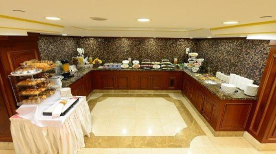 Taksim Park City Hotel: OPEN BUFFET BREAKFAST