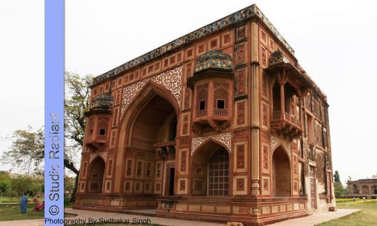 Akbar The Great Palace Kanch Mahal (Kanch Pal...