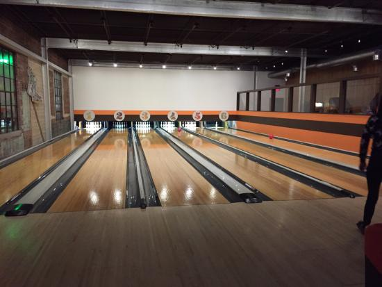 ‪Dust Bowl Lanes & Lounge‬