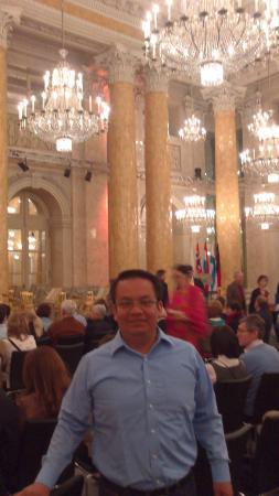 Vienna Hofburg Orchestra: De noche...