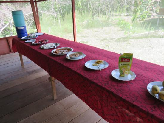 Maniti Camp Expeditions: Buffet