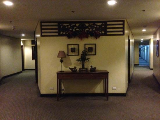 El Cielito Hotel Baguio: Hallway on the 2nd floor