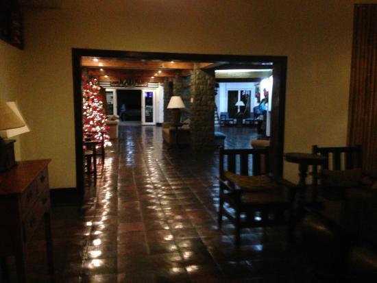 El Cielito Hotel Baguio: Hallway