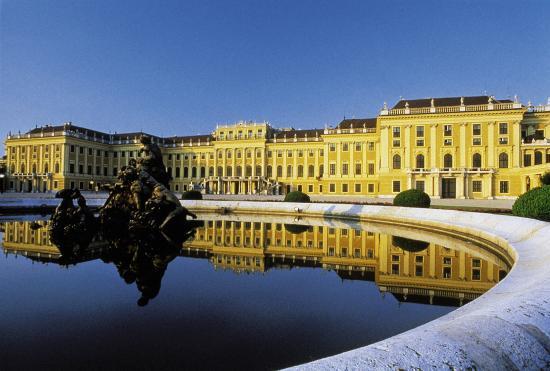 Hilton Vienna Danube Waterfront: Schönbrunn Palace