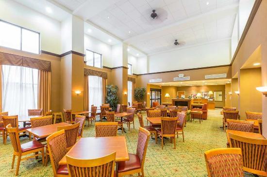 Rohnert Park, Califórnia: Lobby