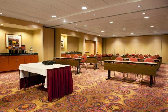 Surrey, Kanada: Meeting Room Classroom Style