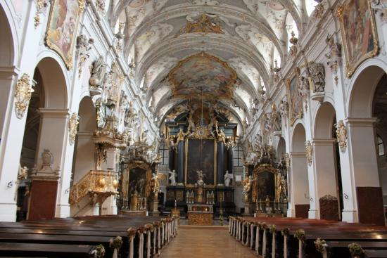 st emmeram church interior bild von kirche st emmeram regensburg tripadvisor. Black Bedroom Furniture Sets. Home Design Ideas