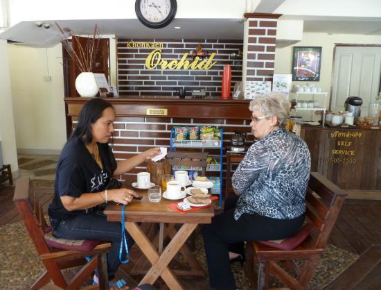 Khon Kaen Orchid: Breakfast and meeting