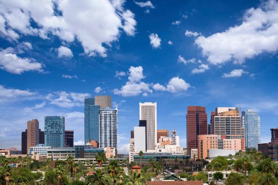 Residence Inn Phoenix Mesa: Phoenix Skyline