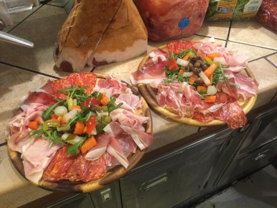 Taglieri misti di salumi foto di la bottega della pizza sesto san giovanni tripadvisor - Taglieri professionali cucina ...