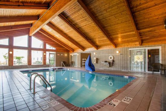 Jackson, WI: Pool