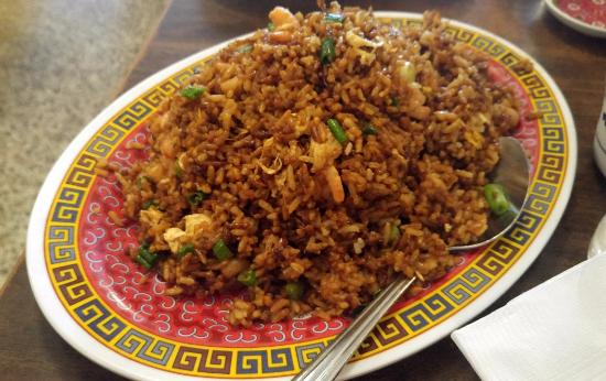 Terrific Shrimp Fried Rice Picture Of Pauls Kitchen Los Angeles Home Interior And Landscaping Pimpapssignezvosmurscom