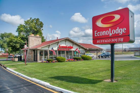 Photo of Econo Lodge South Buffalo