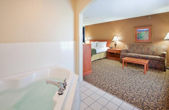 Columbus, NE : Large and Spacious Rooms