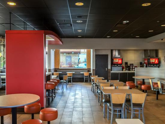 McDonald's : Dining Room