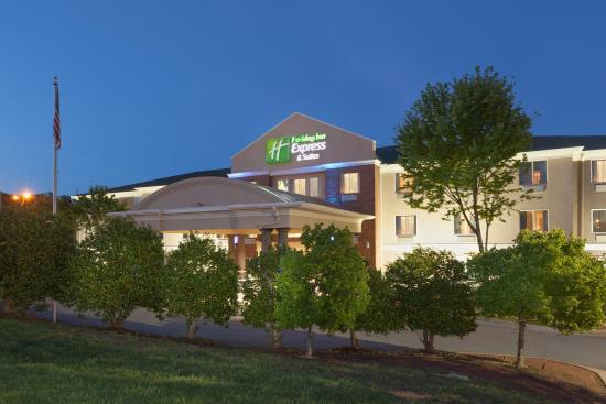 Mebane, Carolina del Norte: Hotel Exterior