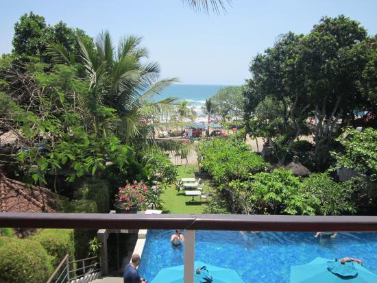 Radisson Bali Legian Camakila: Территория отеля