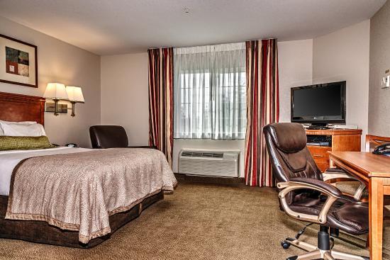 Oak Harbor, Waszyngton: One Queen Bed Studio Suite