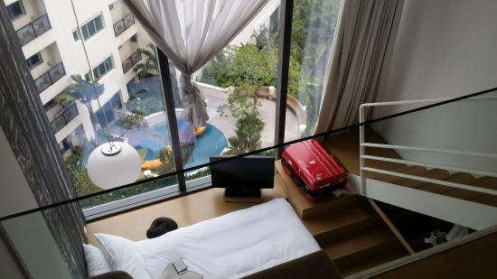Very nice view from the hall way going to the elevator picture of studio m hotel singapore - Studio m ...