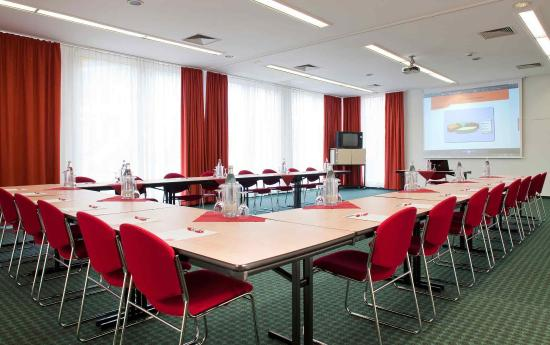 Ibis Mainz City: Meeting Room