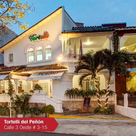 Restaurante tortelli c li coment rios de restaurantes for Fachadas de restaurantes modernos