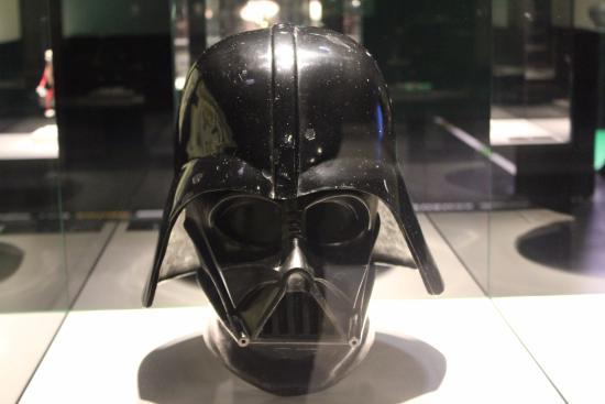 the mask of darth vader bild von deutsches filmmuseum. Black Bedroom Furniture Sets. Home Design Ideas