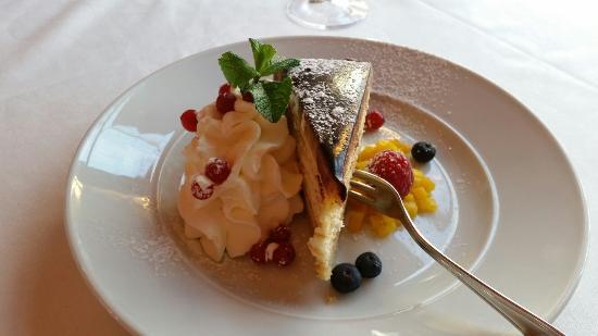 Gruenwald, Jerman: Grünwalder Torte