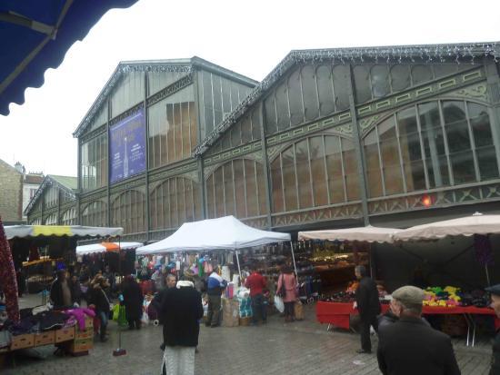 Seine-Saint-Denis, Francia: marché de saint denis