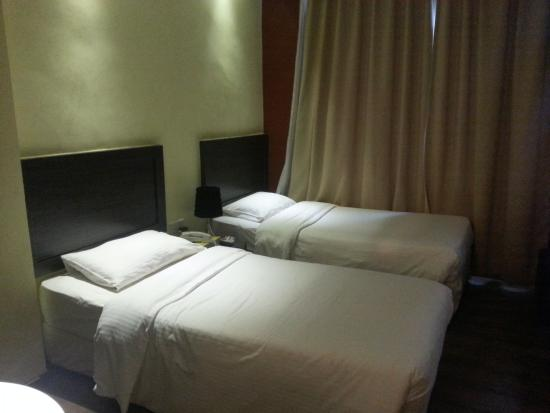 Zotel Business & Leisure Hotel: Room