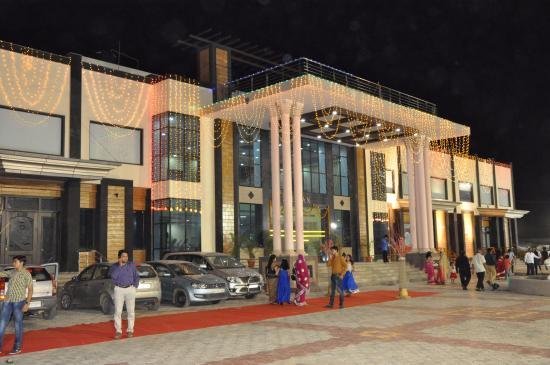 Kotputli, อินเดีย: hotel look