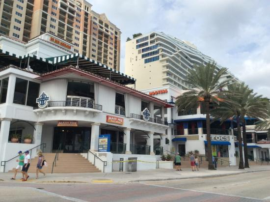 Fort Lauderdale Beach Park Hotels Along The Boardwalk