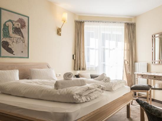 Crystls Aparthotel: Wohnstudio Granat
