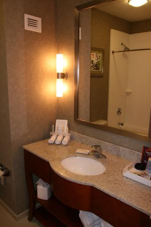 Westfield, MA: Bathroom Amenities
