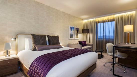 Premier Inn London Hampstead Hotel: hermoso cuarto