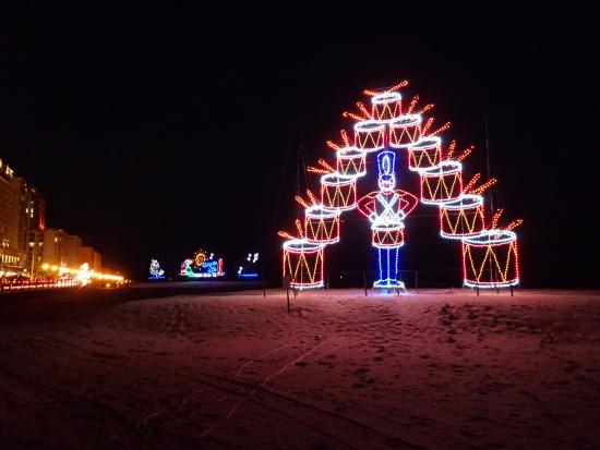 virginia beach christmas lights on the beach - Virginia Beach Christmas Lights