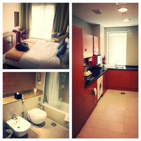 StarMetro Deira Hotel Apartments: Bed, kitchen, second bath