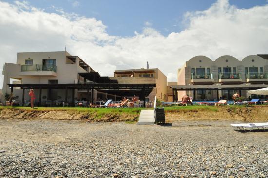Grand Bay Beach Resort: Widok z plaży na hotel