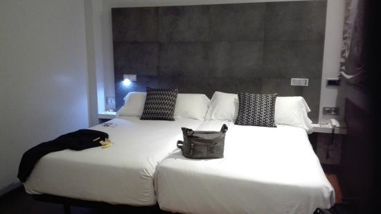 letti da una piazza e mezza ciascuno - Picture of Hotel Regina ...